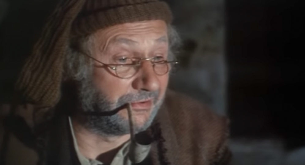 Donald Pleasence in Malachi's Cove